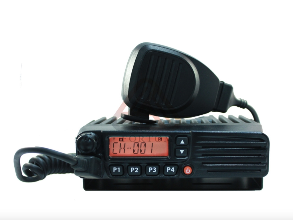 Автомобильная радиостанция БИЗОН KM9000 VHF 50 Вт